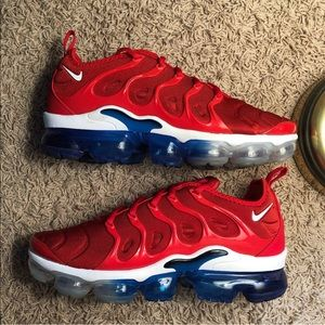 NIKE AIR VAPORMAX USA red white blue size 8.5